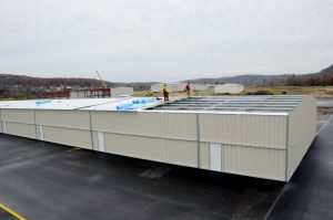 Steelsmith-SteelBuilding-AirplaneHangar-CondorAeroClub-MetalRoof