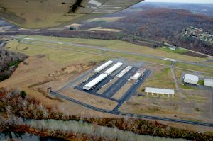Steelsmith-SteelBuilding-AirplaneHangar-CondorAeroClub-LandingStrip2