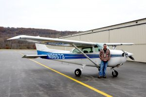 Steelsmith-SteelBuilding-AirplaneHangar-CondorAeroClub-Plane