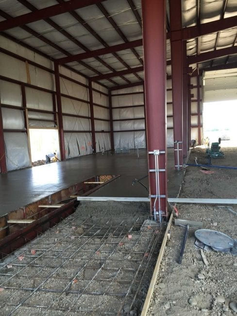 Steelsmith-SteelBuilding-Agricultural-NelsonFarms-ConcreteFoundation3
