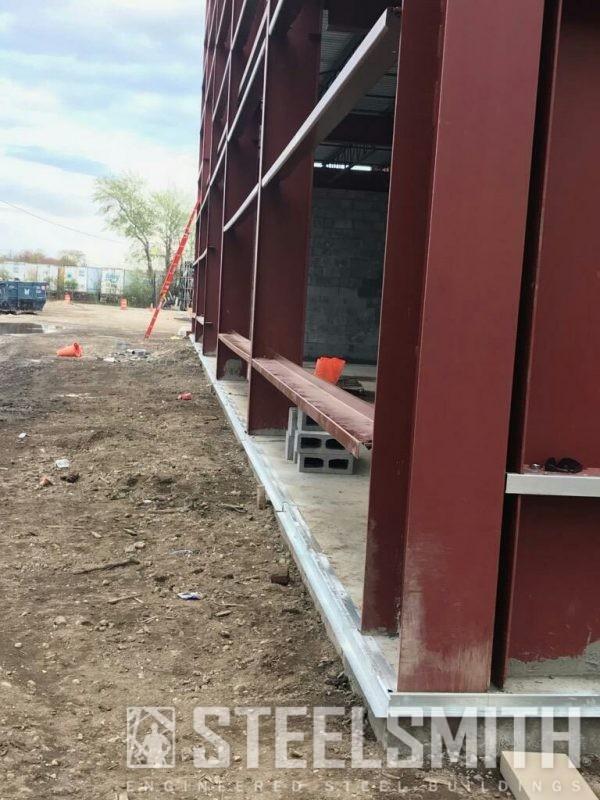 Column to concrete transition