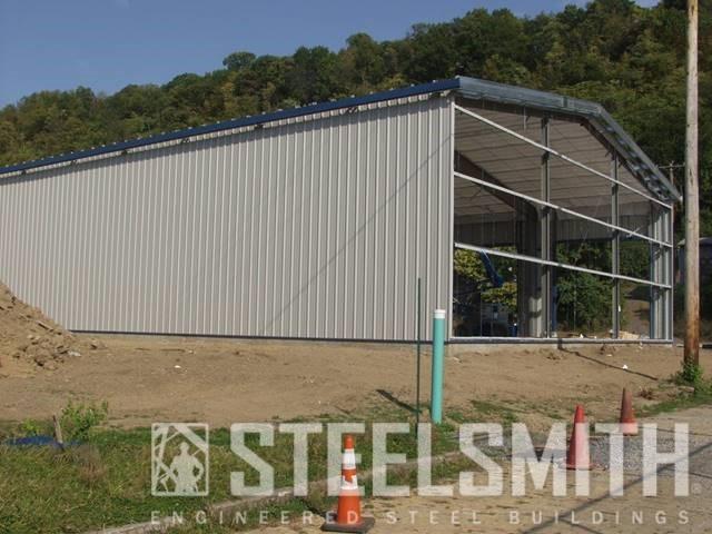 Sidewalls sheeted, endwall open